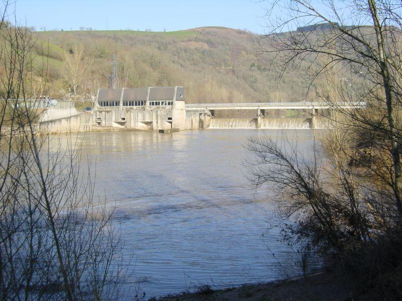 La centrale hydroélectrique et le barrage