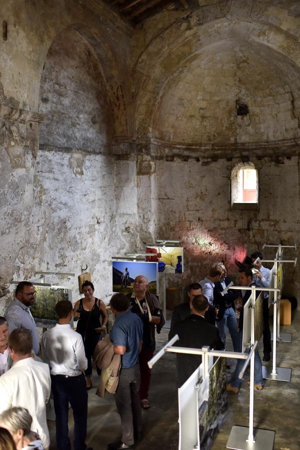 Exposition photo des centrales lauréates aux Trophées de la Petite Hydro à Arles