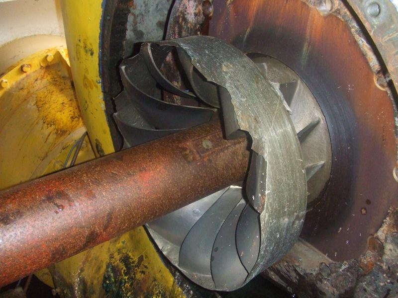 roue abîmée d une turbine Francis